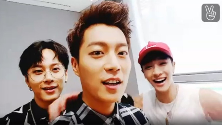 BEAST's special backstage! (Music core)