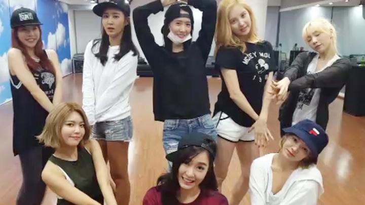 Girls' Generation 팔방미인 2nd LIVE