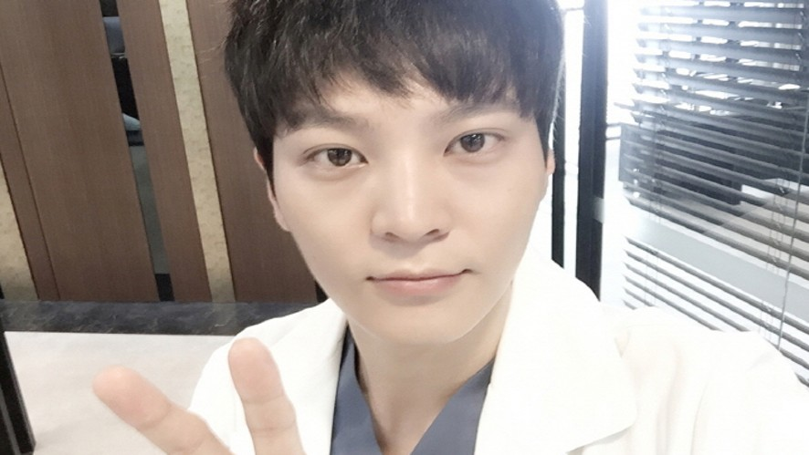 Joo Won's  Lunch Time Live