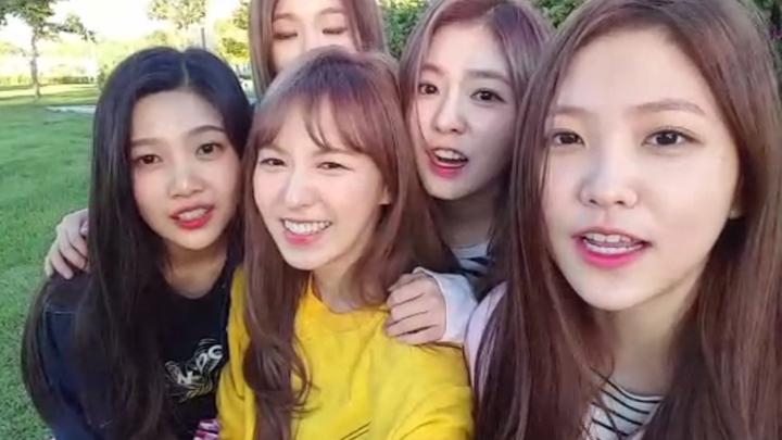"""Red Velvet """"오방만족"""" 1st live - 야외 생방"""