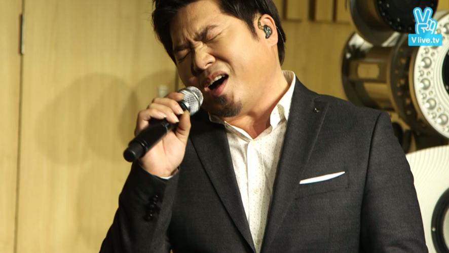"[V] ""알아알아 앓아"" LIVE - Kim Jo Han Comeback Mini Concert"