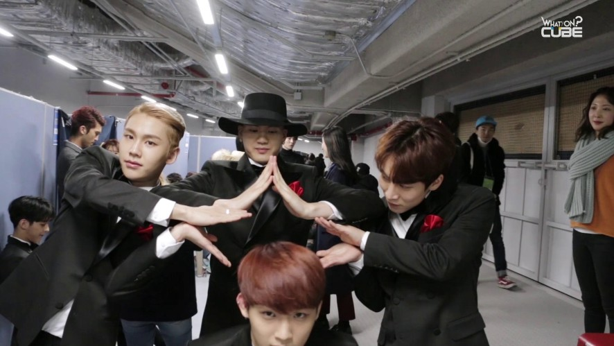 BTOB 2015 Song Festival behind
