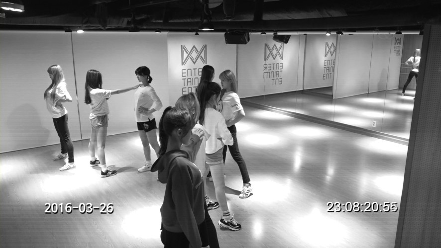 오마이걸(OH MY GIRL)_'LIAR LIAR' Practice room