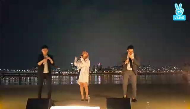어반자카파(URBAN ZAKAPA) 게릴라 라이브 2 한강(2)