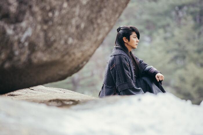 이준기, 강하늘, 홍종현과 함께 막간 V