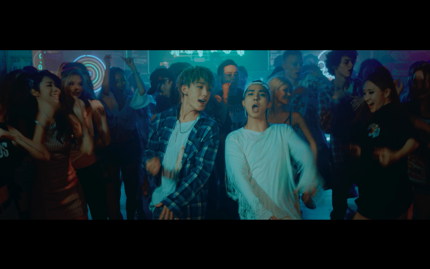 MOBB - '빨리 전화해 Feat. KUSH(HIT ME)' M/V