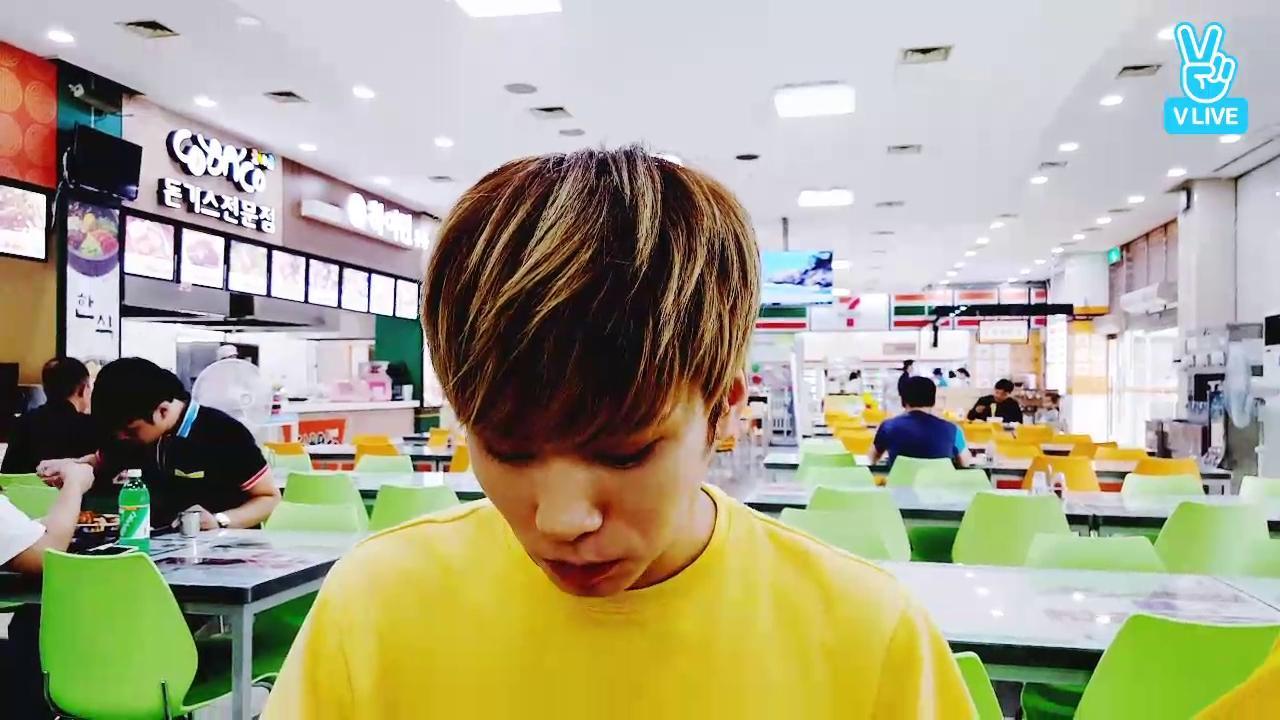 아스트로 휴게소 먹방♡