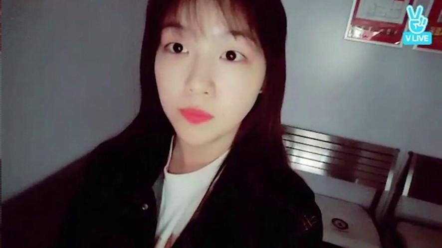 [Girl's Day] 빵민아와 매니저님들의 노래대결🎤 (MinAh go to karaoke with manager)