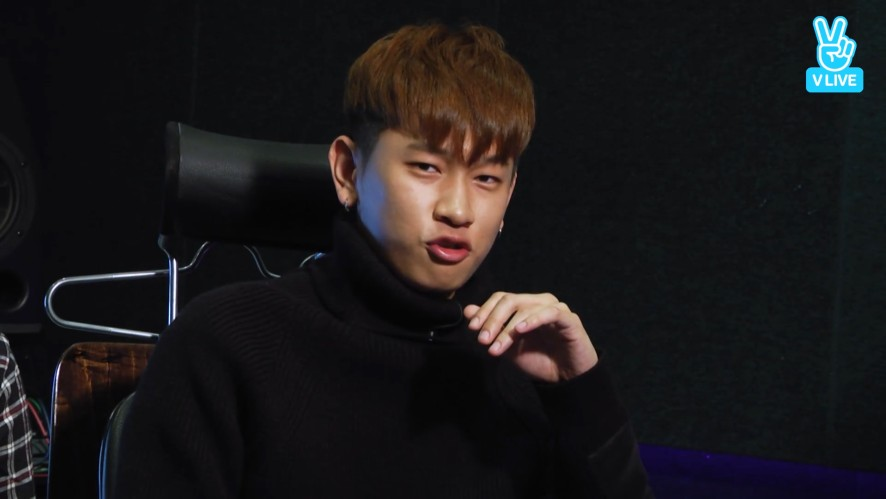 [CRUSH] 2.5세 같은 25세 신효섭(Crush's cute points)