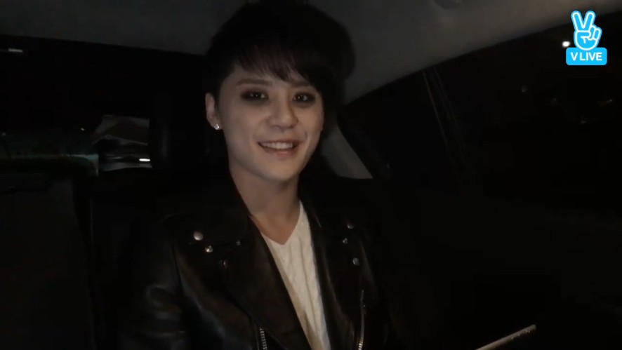 [XIA] 샤엘 귀여워요... 너무나 귀엽고...😫  (XIA is so cute)