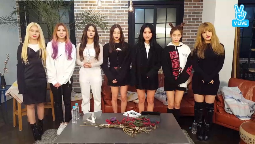 [CLC] 칯깨비들의 자기소개👻  (CLC introducing themselves)