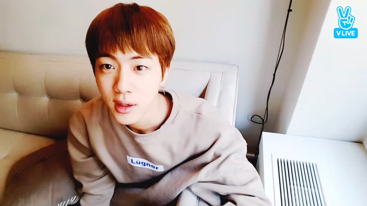 [BTS] 김슥찌 처피뱅 사랑하시는 분? 저요ㅠㅠ (Jin changed his hair to choopy bang)