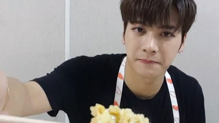 [자막용] 잭슨의 'Never Ever' Cooking Time