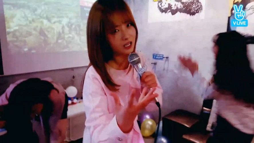 [Apink] 6주년맞이 우아한 캔유삘마 핥빗..?💓(Apink's elegant 6th anniversary)