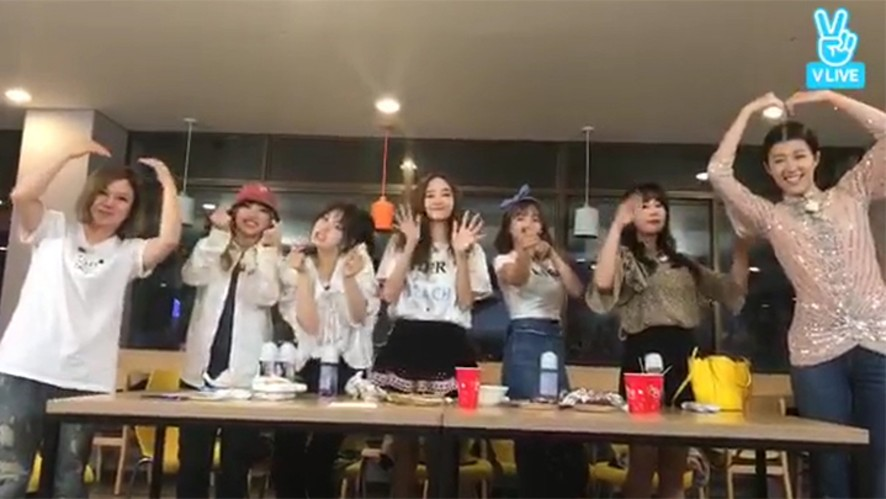 [Unnies] 언니쓰 이멤버 리멤버 맞지?😭 (UNNIES's their last promotion)
