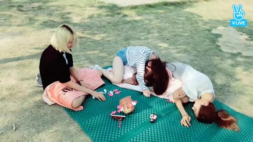 [PRISTIN] 🌟예능신🌟 온 유유와 라면타임🍜 (PRISTIN playing betting game)