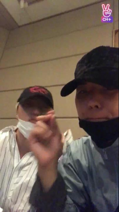 [CH+ mini replay] 미노승윤 작업실가는길+여긘 작업싈 Mino & Seungyoon, on our way to studio + We're in the studio