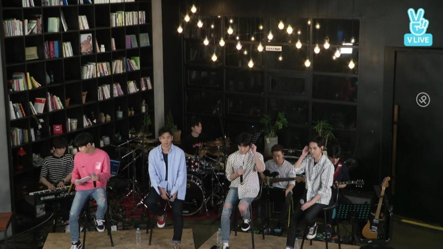 "NU'EST W_원키스_Mini Concert ""L.O.Λ.E Night"""