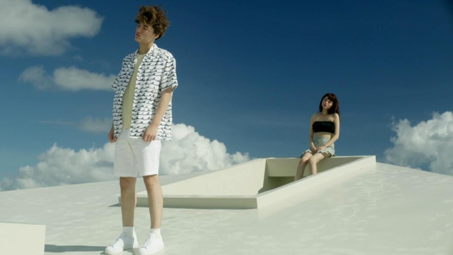 [Primary] ~42(feat. 샘김,에스나) MV