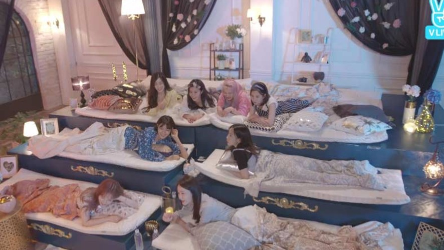 [Full] Girls' Generation X LieV - 소녀시대 10주년 눕방라이브!
