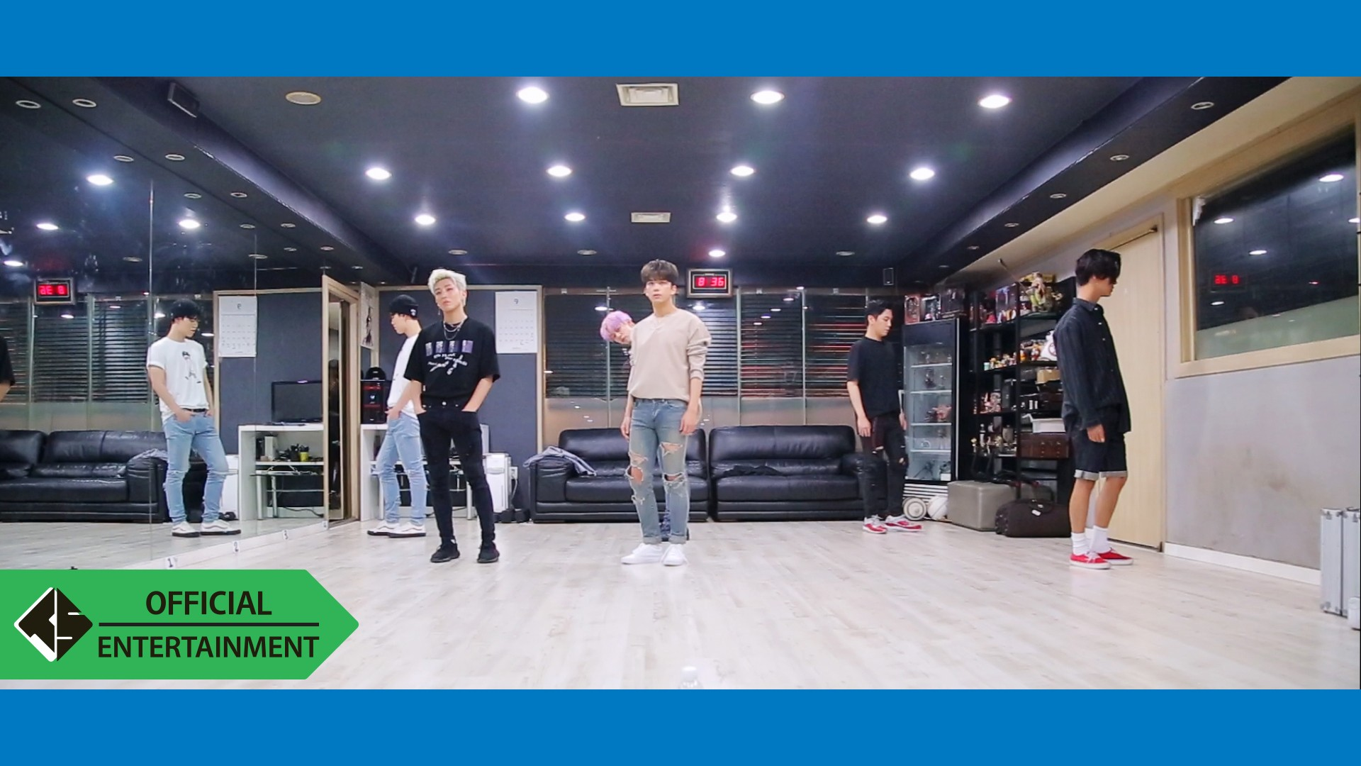 B.A.P - HONEYMOON 안무영상(Dance Practice)