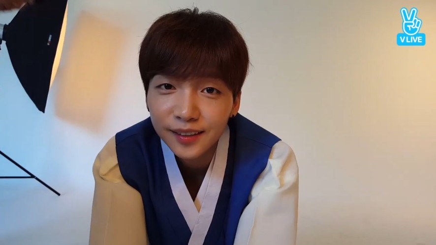 [Jeong Sewoon] 깜찍해서 깜짝 온 정도령님💙 (Sewoon shooting with the hanboks)