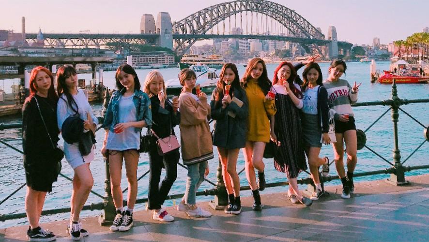 우정~ 우리 지금 호주에요.