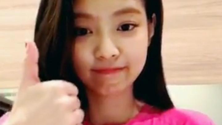 [BLACKPINK] 열쨜 제니가 응 두번 했다가 유학간 썰✈️ (Jennie talking about her story studying abroad)