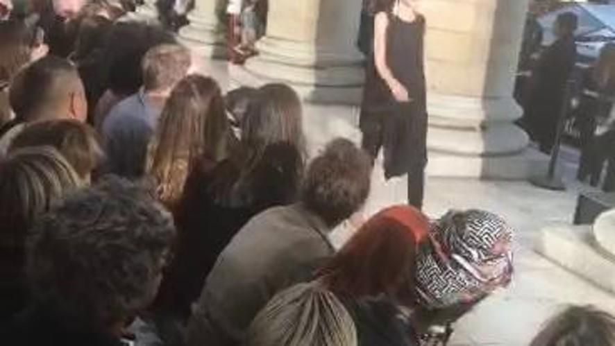 L'Officiel Italia at Paris Fashion Week Women SS 18 - LUTZ HUELLE