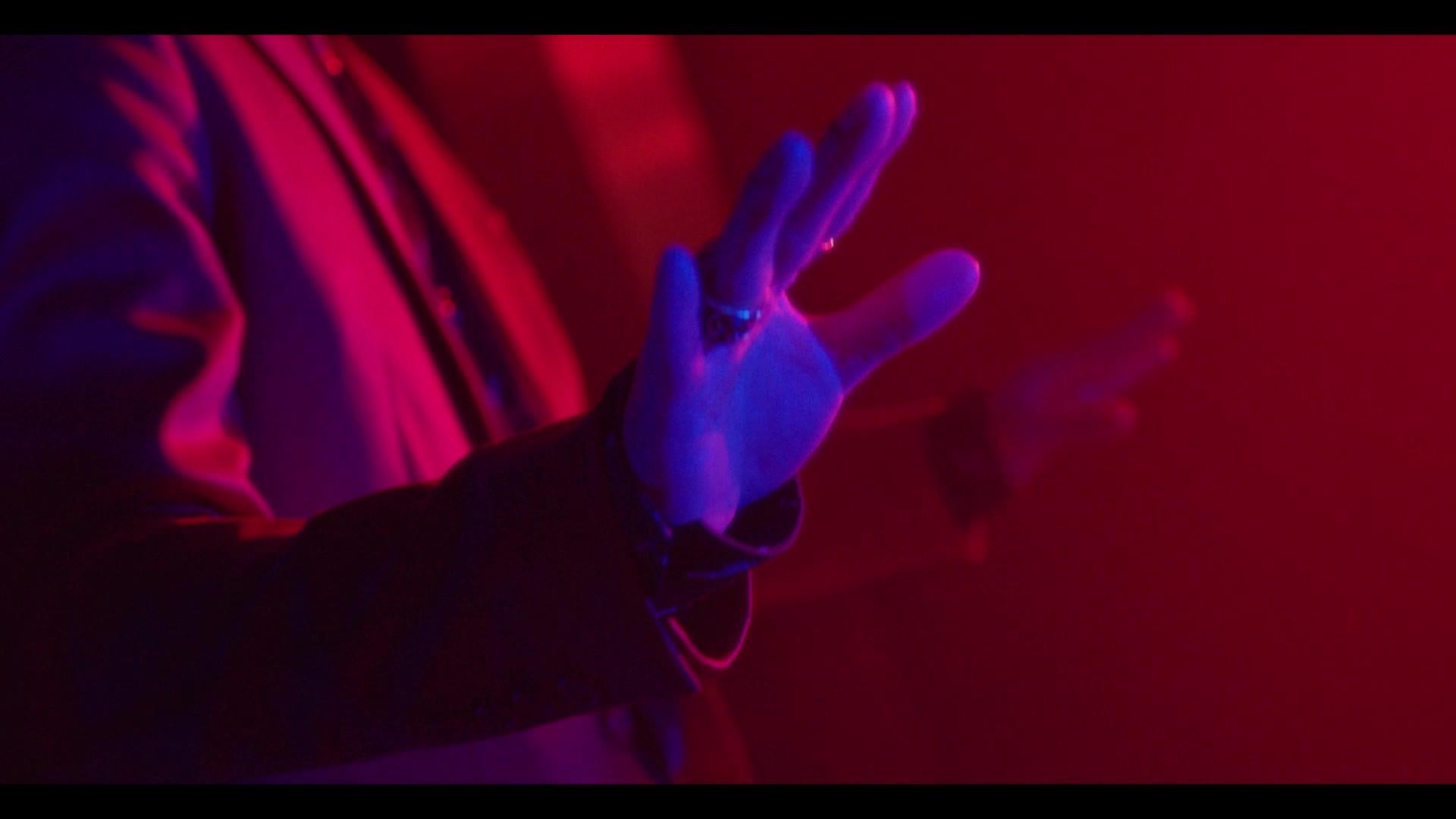 [MV] Wheesung(Realslow) - Aroma (아로마) (Feat. Hash Swan)