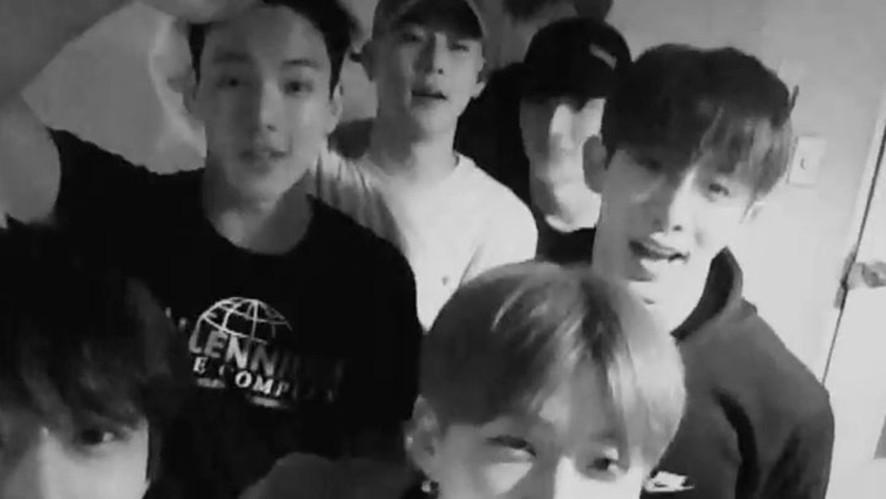 [MONSTA X] 스포날리다 갑자기 찾아온 켠&꿀의 셀카대결(?)📷 (KIHYUN&JOOHEON's selfie match)