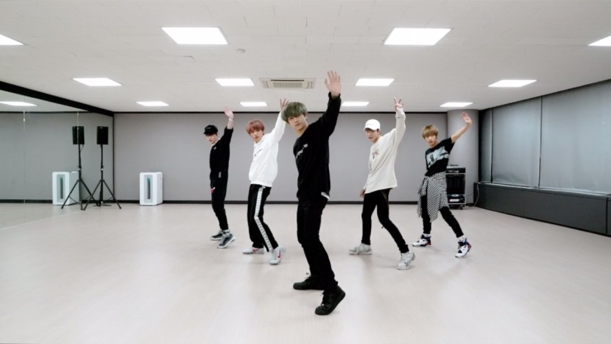 NCT DREAM_ SUPER JUNIOR 'Black Suit' DANCE COVER