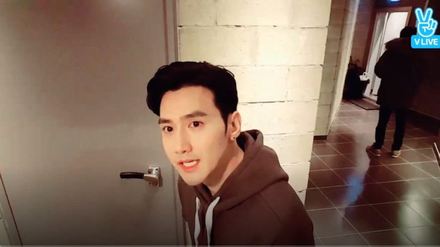 EVAN(유호석) 3' V LIVE - JAPAN SHOWCASE&CONCERT 연습현장 공개!