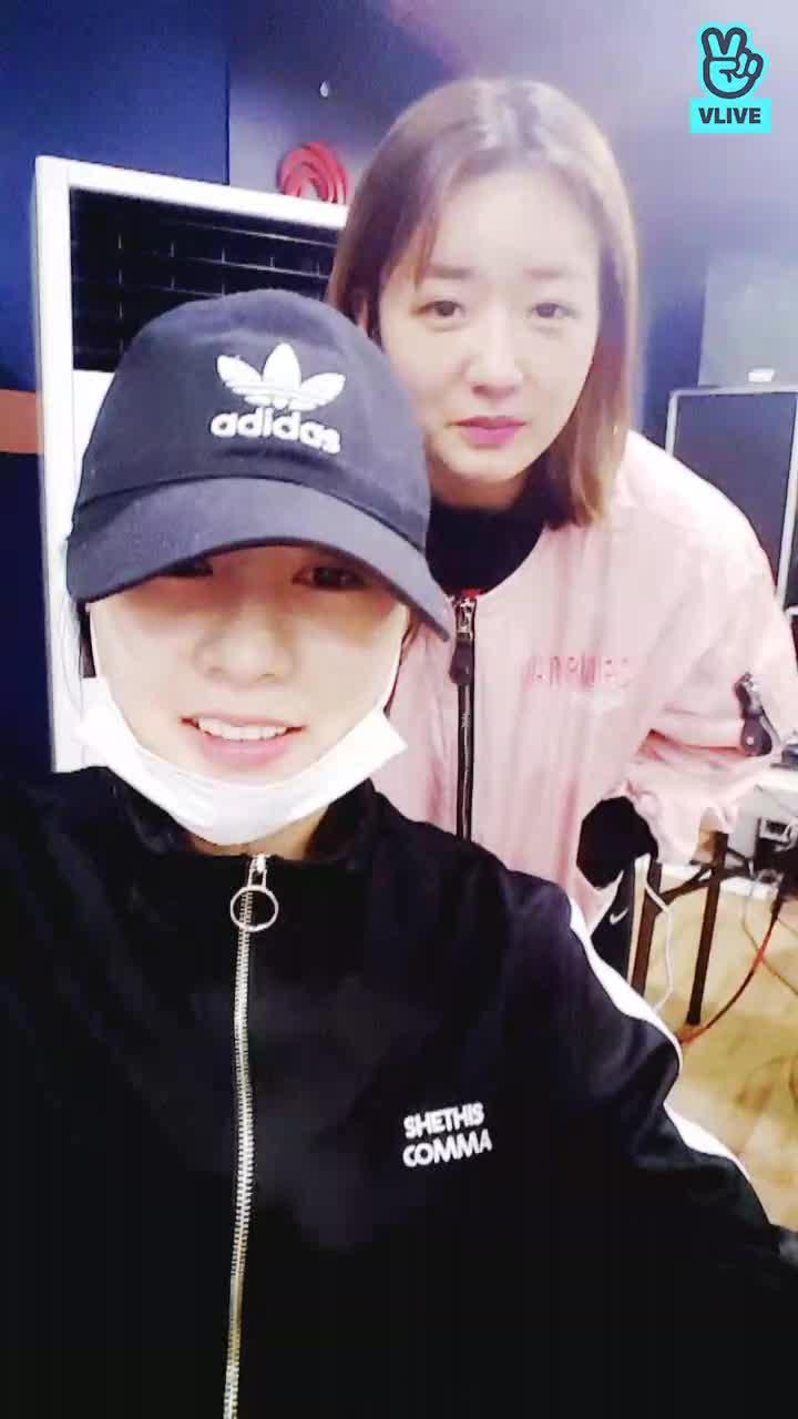 Apink 에이핑크 broadcast (콘서트 합주중)