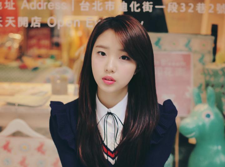 [이달의 소녀] 여진 데뷔 1주년 기념 V앱