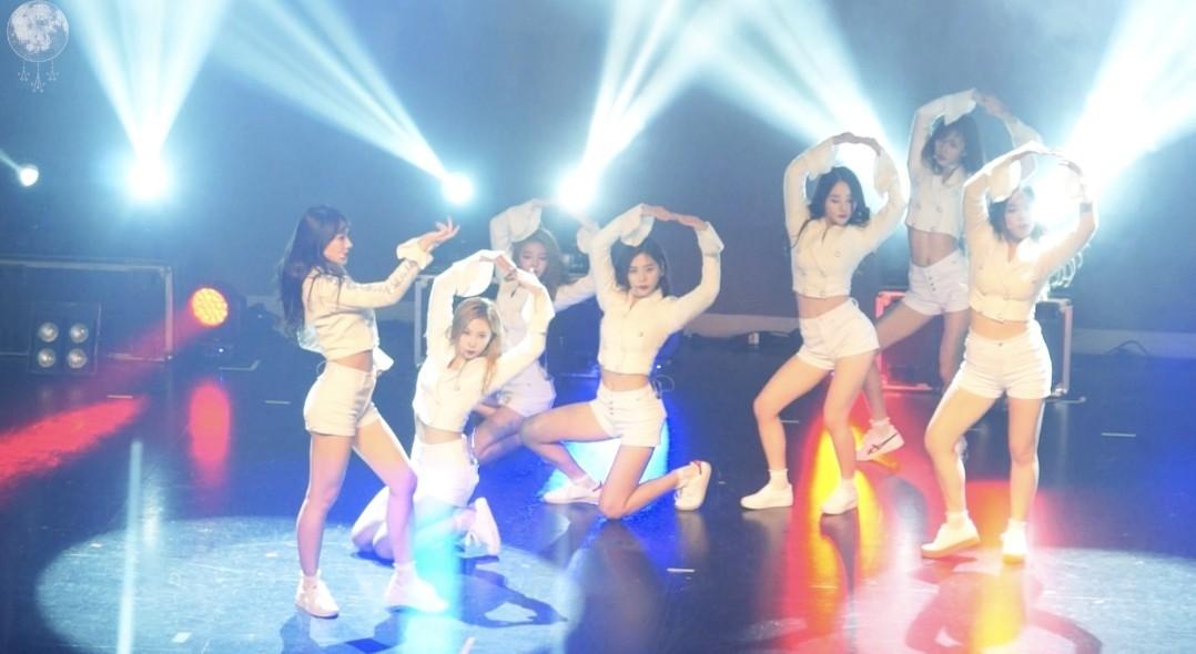 Dreamcatcher(드림캐쳐) 'Full Moon' 1주년 팬미팅 영상