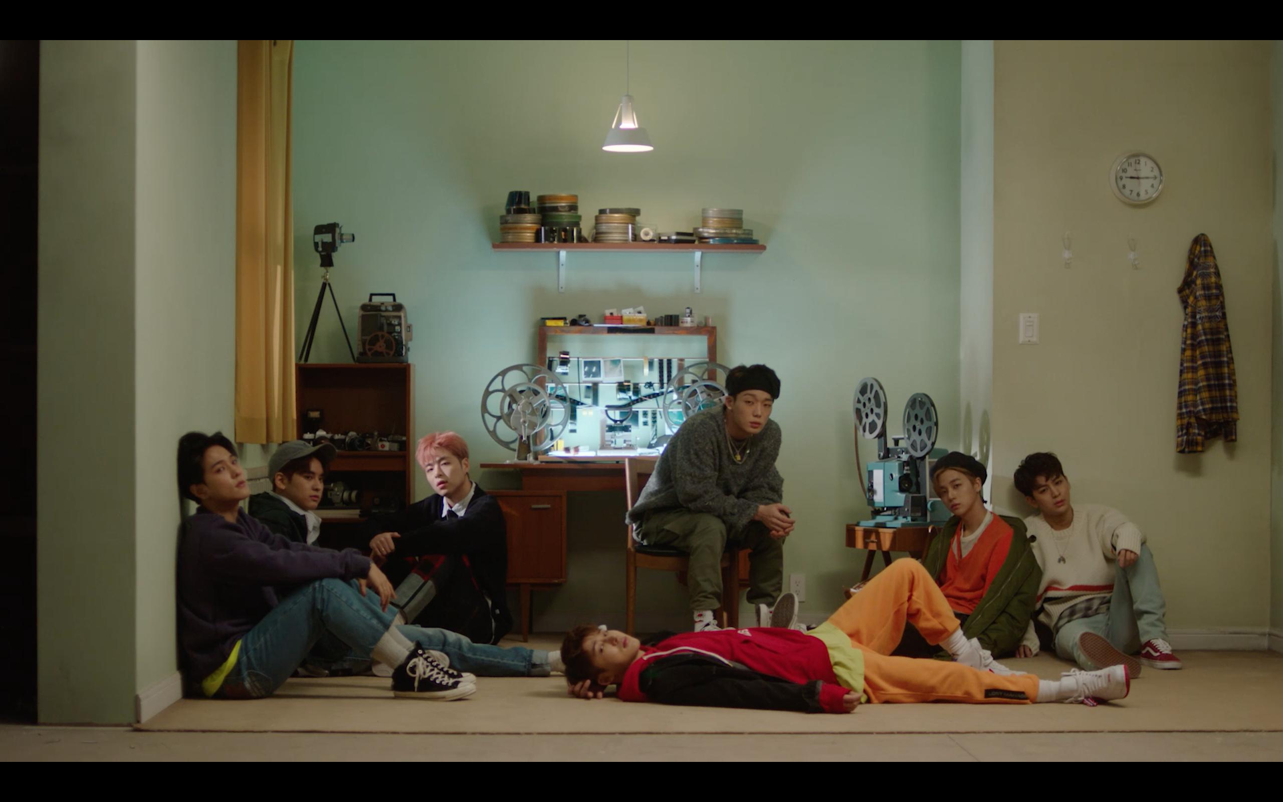 iKON - '사랑을 했다(LOVE SCENARIO)' M/V