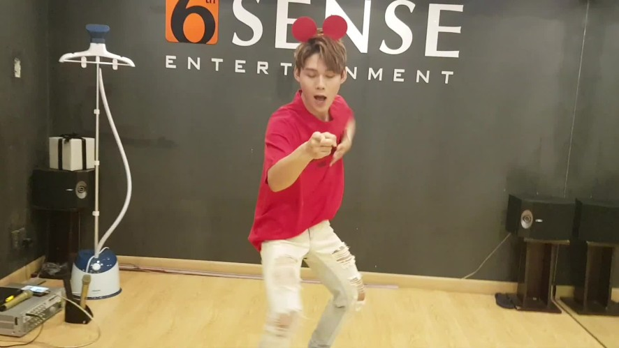 UNI5 - LỤC HUY - JUST RIGHT (GOT7) - dance cover