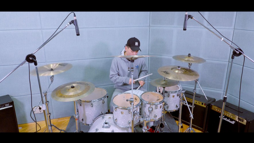 TheEastLight.SeokCheol Lee (더 이스트라이트 이석철) - Drum Test Video