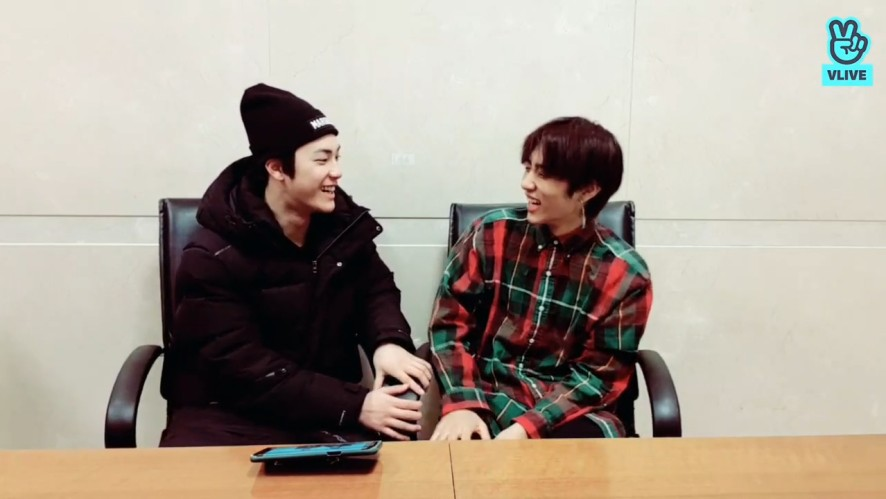 [THE BOYZ] 뽀시래기 민낯보이즈🐷🐶 내츄럴한 모습도 귀엽다 구지이~(Hacknyeon&Sunwoo's natural moments)