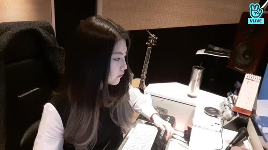 [Iris] 아이리스의 첫 브이라이브♡ (Iris' First V live♡)
