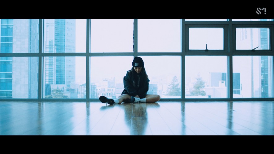 [STATION] TRAX X LIP2SHOT 'Notorious (Feat. Sophiya)' MV