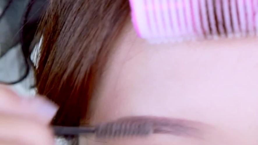[1분팁] 어려보이는 시크릿비법 일자눈썹 그리는 방법 - 믹니(MIKNI) How to draw straight eyebrows - MIKNI