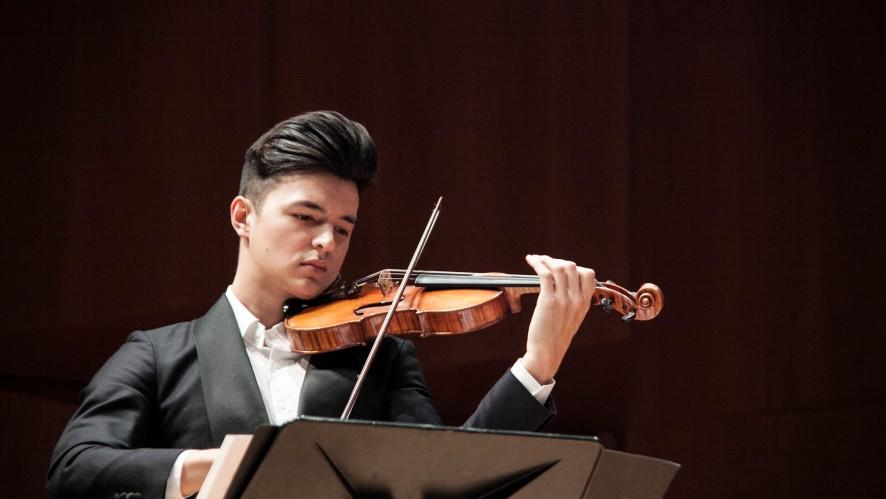 [월간스톰프] 두번째 주인공, 바이올리니스트 크리스티안 김!!