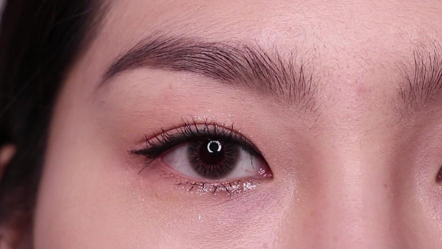 [1분팁] 1분 아이섀도 메이크업! 봄날, 벚꽃 메이크업 해봐요 ❣️ Try the Spring Day, Cherry Blossom Makeup