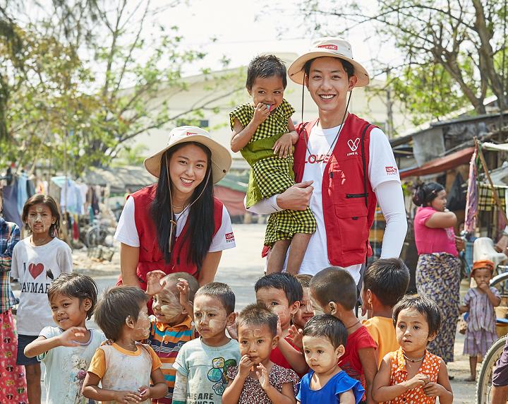 [CNBLUE 정신 X AOA 설현] LOVE FNC 미얀마 봉사활동기 해피빈 기부라이브
