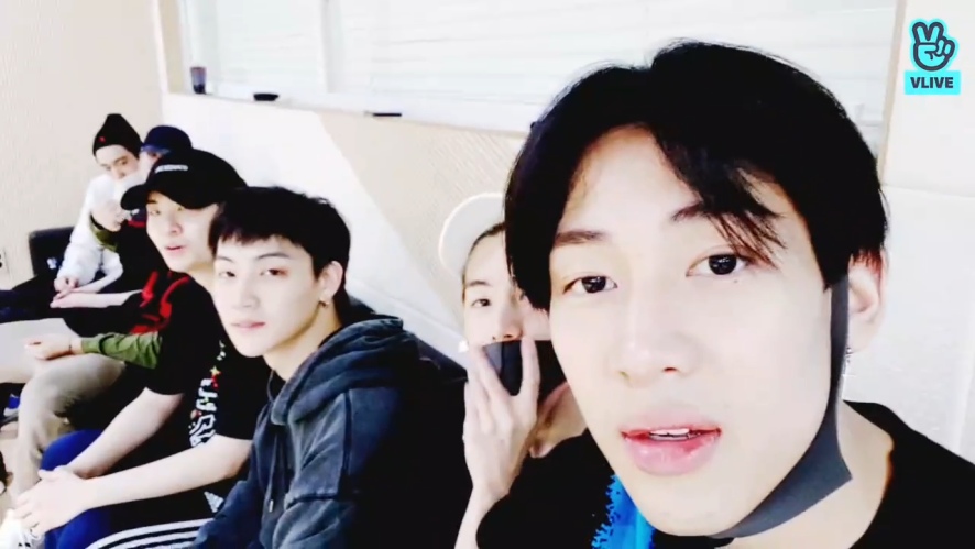[GOT7] 덩어리들의 콘서트 스포 방송 (아가새 : 론리..느꼈어…) (GOT7's concert spoiler)