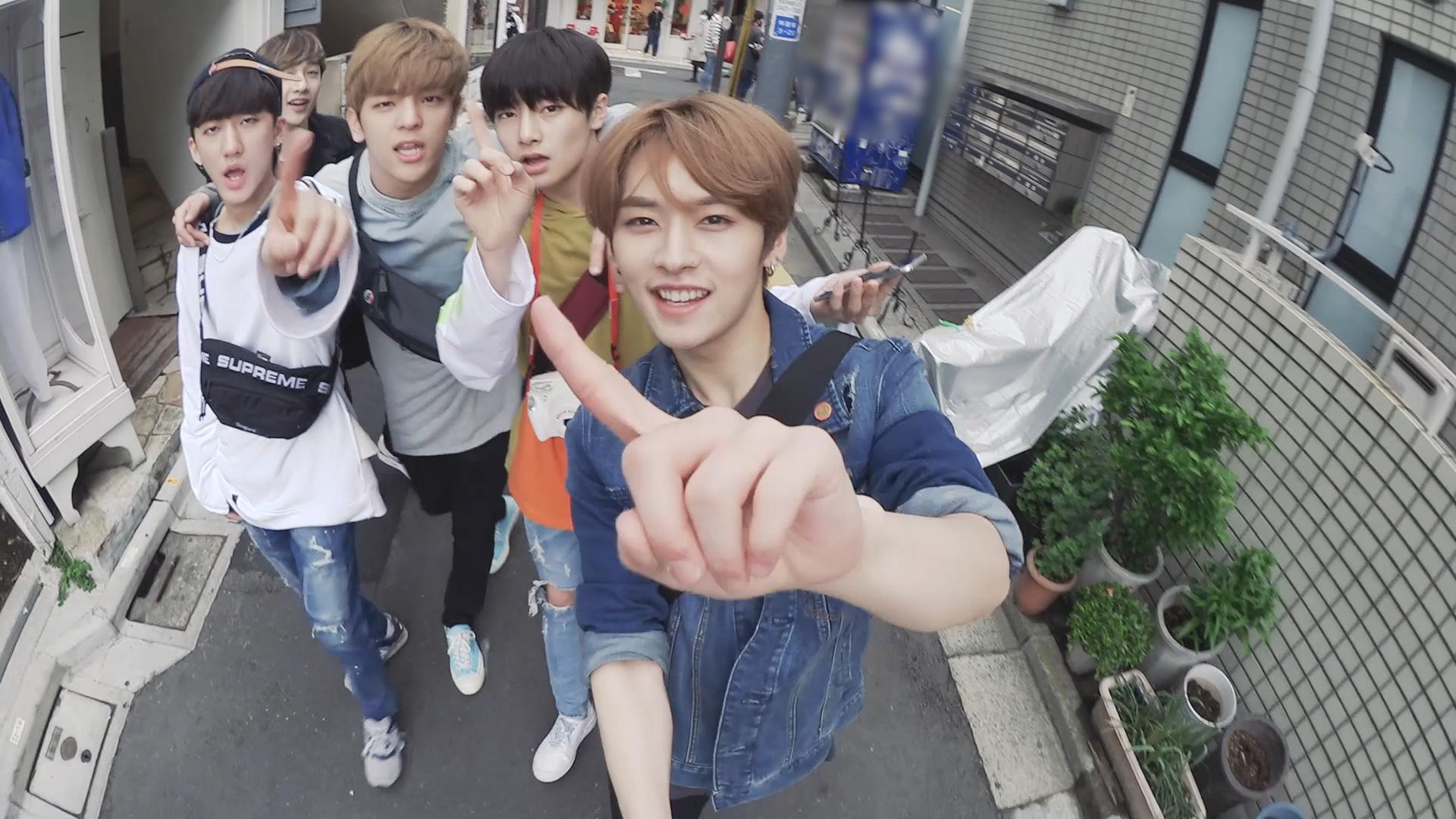 "Stray Kids(스트레이 키즈) ""ROCK (돌)"" Video (Street Ver.)"