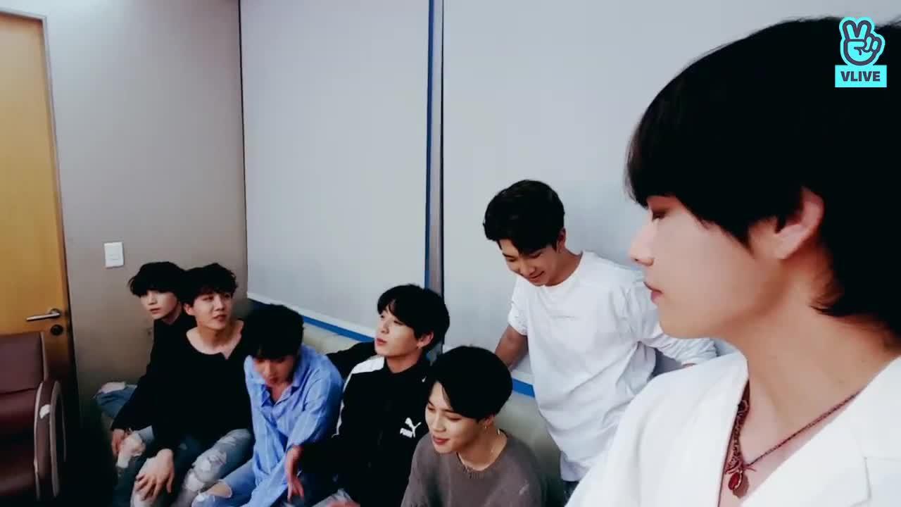 Mnet <BTS COMEBACK SHOW> PRE Live!