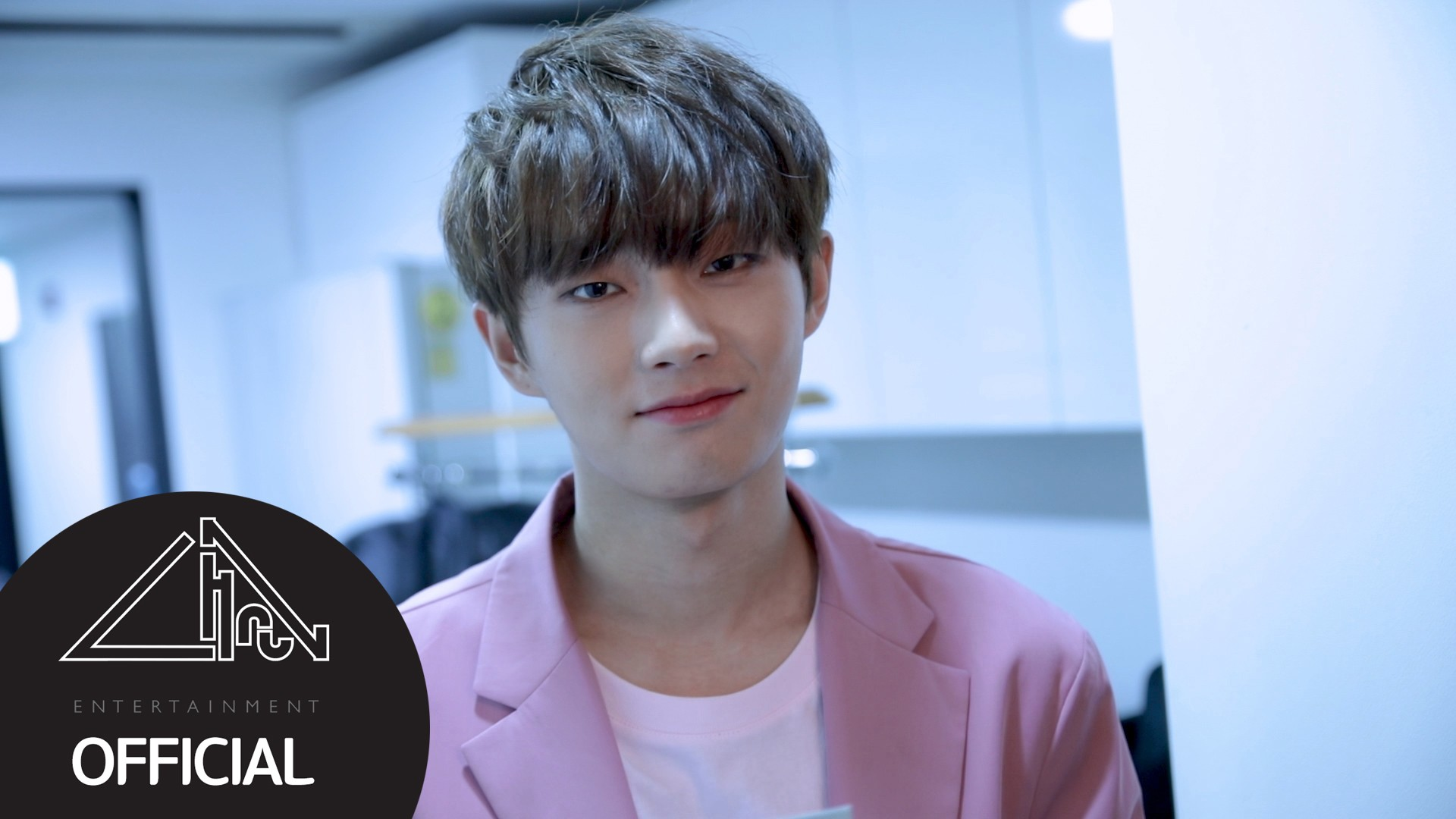 [BEHIND] 용국(LONGGUO) SBS MTV 더쇼 MC 첫방송 비하인드
